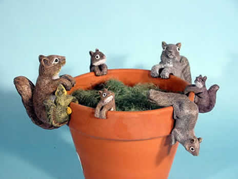 Bird plant pot decor, zoo animal pothangers, animals to hang on flowerpots, animal pothangers, plant pot decorations
