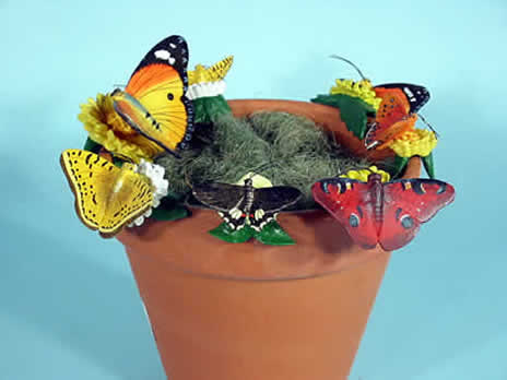 Farm animal pot hangers, zoo animal pothangers, animals to hang on flowerpots, animal pothangers, plant pot decorations